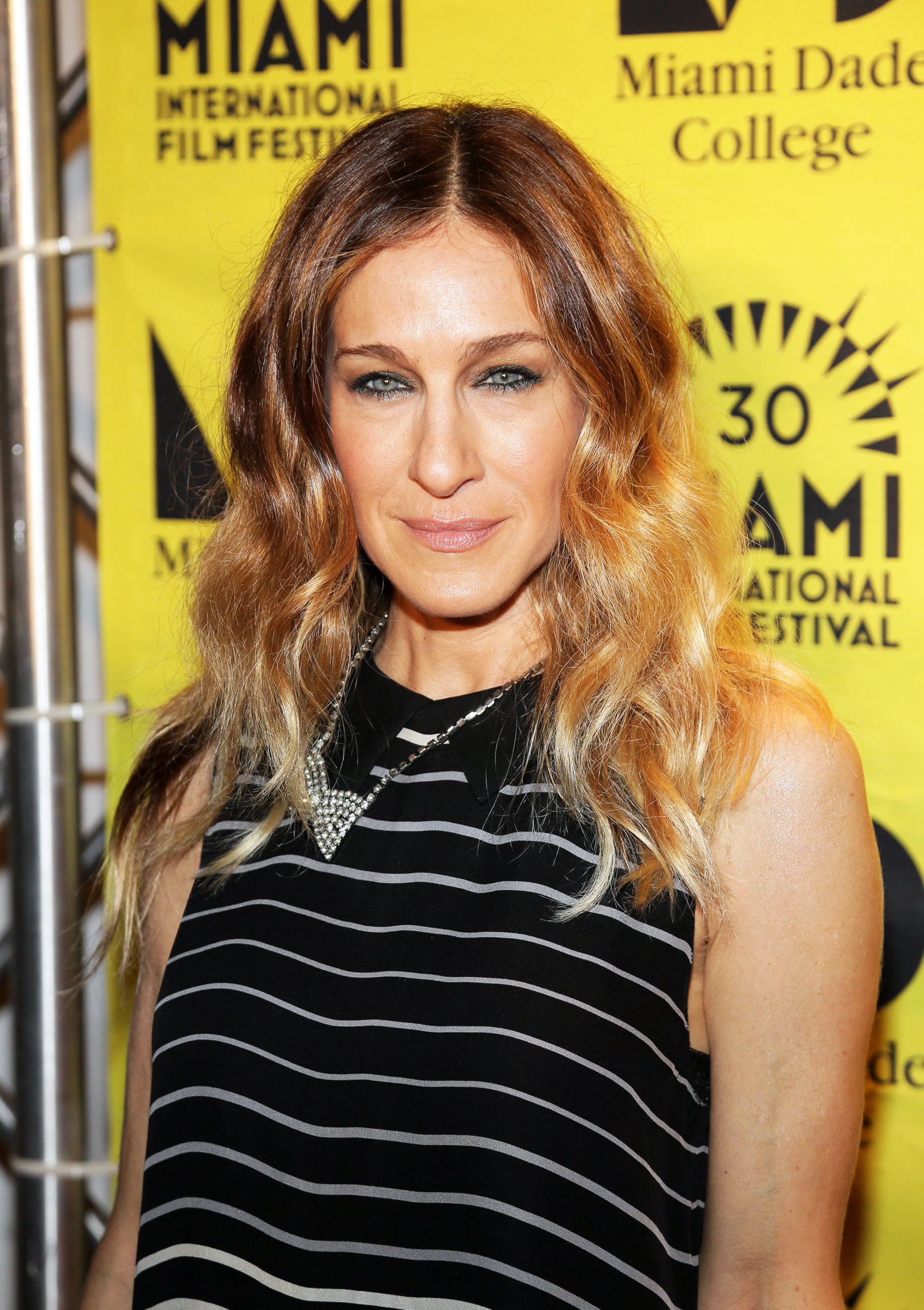 Sarah-Jessica Parker uses Psychic to the stars Ron Bard for his Tarot readings to help guide him in the world of Hollywood.